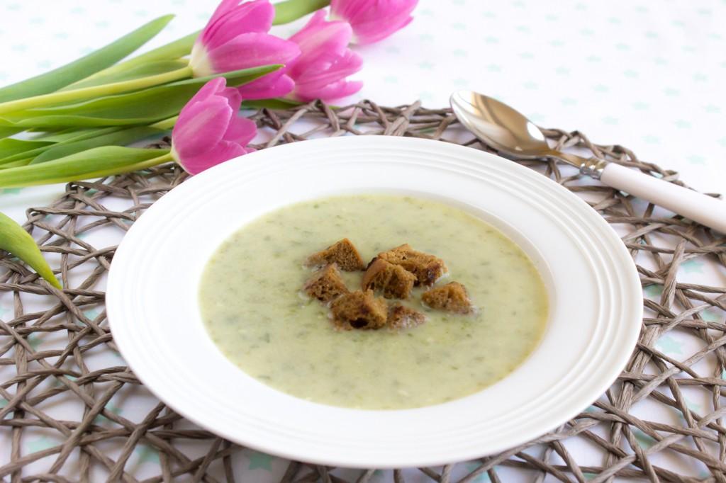 Krémová polévka s medvědím česnekem-1