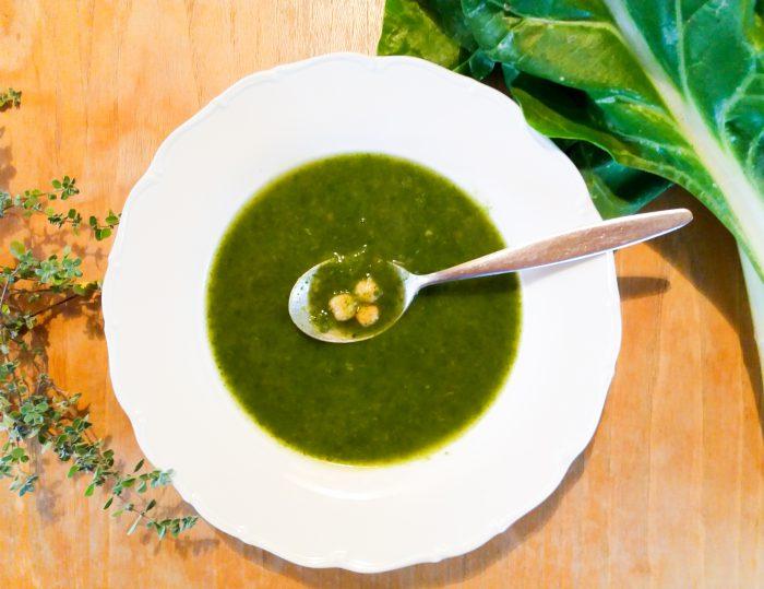 Mangoldová polévka s cizrnou a majoránkou-1